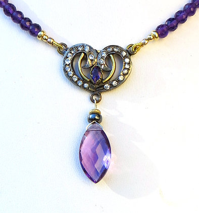 ANTIQUE and CLASSY Necklace