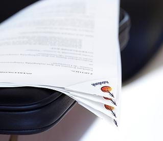 deltaclip, sujeta papeles de pape, clip esquina, logoclip papel, promoclip papel