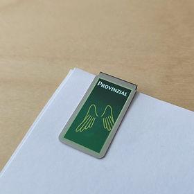 clip Provinzial, clip rectangular verde, clip con publicidad