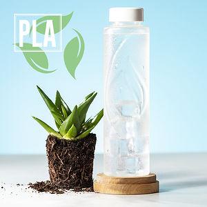 Bidón Kutyl 6563-000-2, Gourde, bouteille éco-friendly de 830 ml. Fabriqué en PLA résistant - acide polylactique -, obtenu à partir de ressources 100% naturelles telles que l'amidon de maïs, le manioc ou la canne à sucre. 100% compostable en fin de vie. Compostable indiqué sur le dessous de la bouteille. Eco label PLA et présenté dans un emballage éco design individuel.