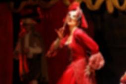 comédienne en costumes mariage de figar
