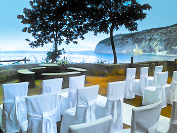 Villa Love - Cremony Seating