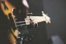 E-Bass, Kontrabass, Unterricht, Musikschule Tonleiter, Wiesbaden, Hofheim