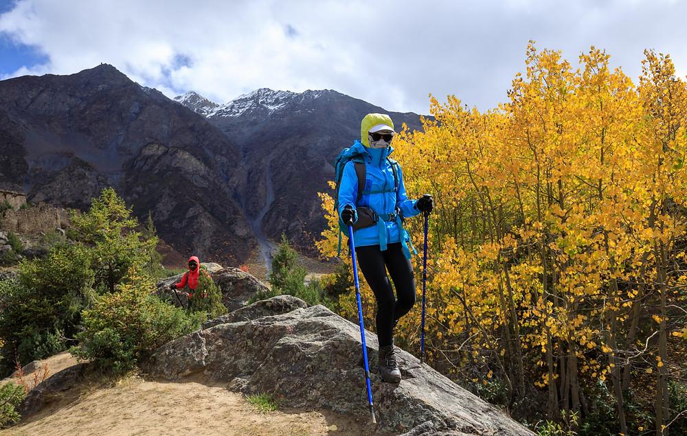 two-women-hikers-at-ridgetop-hiking