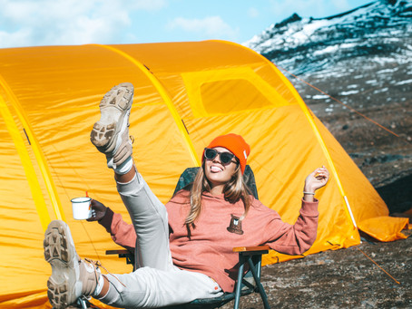 10 Clever tips to find backpacking gear without breaking the bank