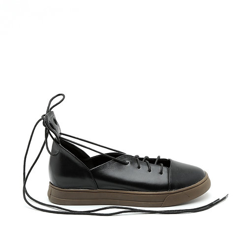 Sport-Elegant Strappy Black Sneakers Size 34