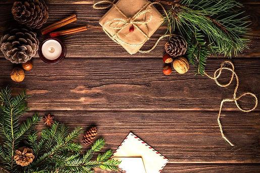christmas-1911637_1280_edited_edited.jpg