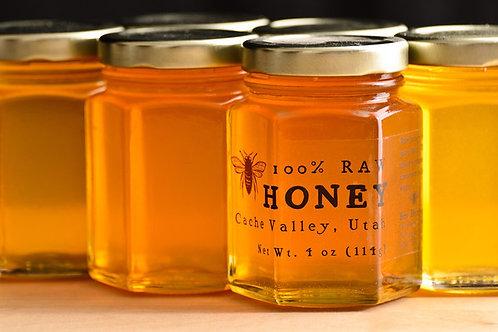 Organic honey. Small Free sample tin