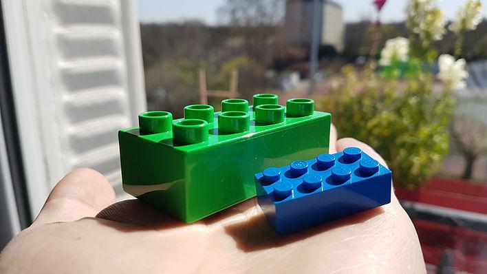 LEGO vs DUPLO.jpg