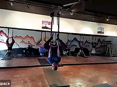 aerial straddle back.png