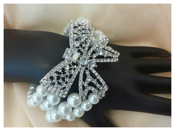 Ribbon Pearl Stretch Bracelet