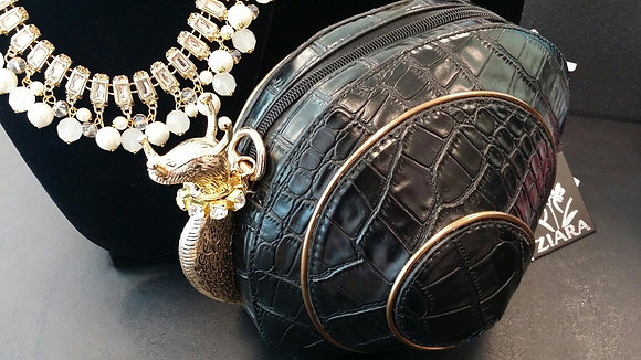 Black Snail Purse