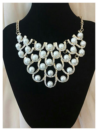 Pearl & Gold Web Necklace Set