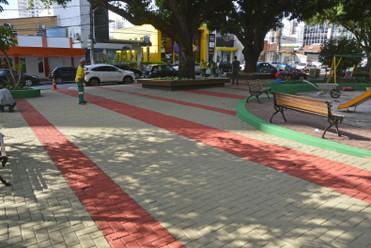 Cuiabá revitaliza Praça Popular