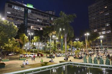 Prefeitura presenteia Centro Histórico com Natal iluminado e atrações culturais