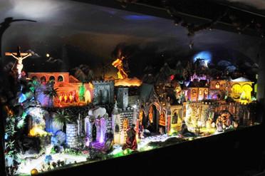 Presépio Teatral Fantástico conta a história do nascimento de Jesus de forma animada em Cuiabá