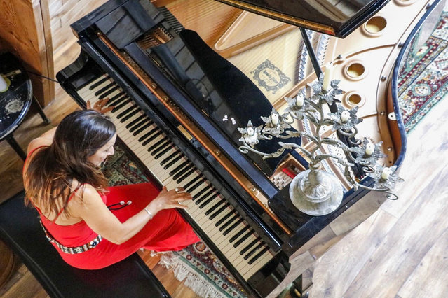 DANCING WITH THE MYSTERY piano concert