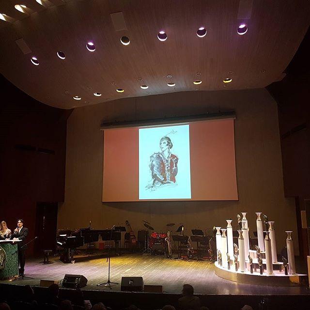 Екатерина Нешкова @Neshkovaart Это был удивительный день! В Московском международном доме музыки  проходила церемония вручения  премии _Vera_ XXII международного фестиваля