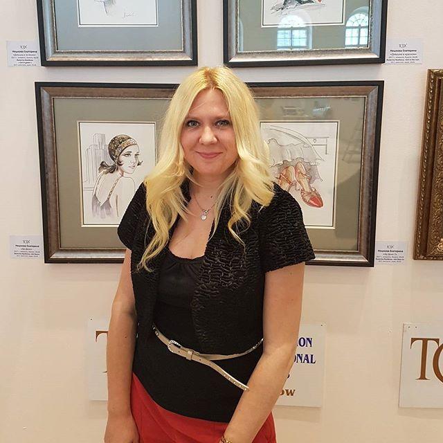 Екатерина Нешкова @Neshkovaart ХII международный фестиваль изобразительных искусств _Вера_, выставка _Традиции и современность_ в Манеже