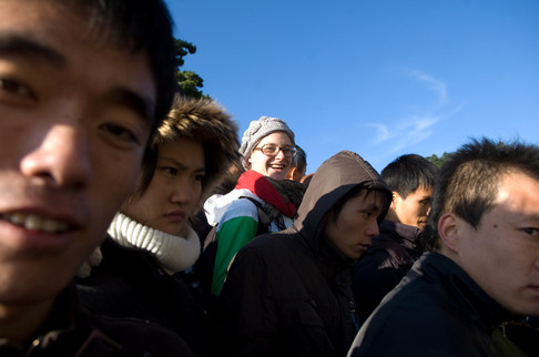A foreign tourist during the climb back down from Hua Shan, the path was so crowded you could barely move