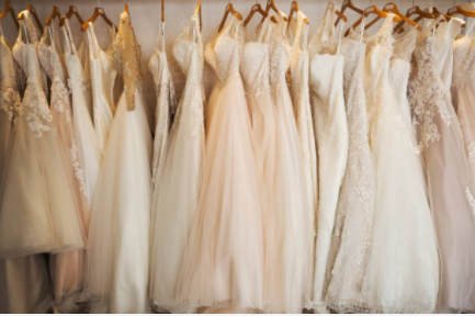 Wedding dress picture 1.PNG