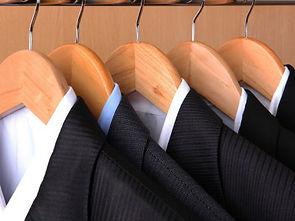 hang-your-suit2_d400.jpg