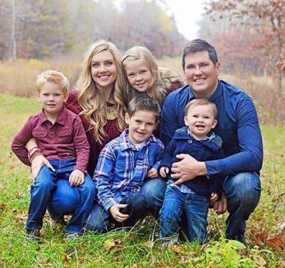 Todd-Family_d400.jpg