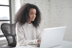 photo-of-woman-using-laptop-3891135.jpg