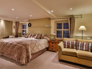Real Estate photography hotel B&B bedroom