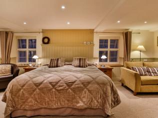 B&B bedroom Peak District