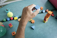 Ergothérapeute praxies gestes dys adultes enfants sarthe 72