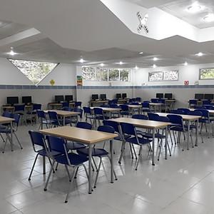 Colegios / Universidades