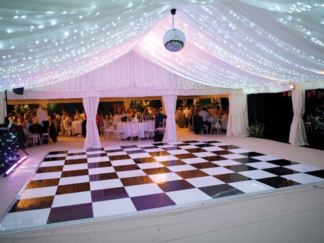 dance-floor-black-and-white-2