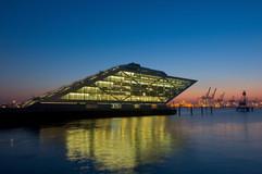 Dockland_50x70.jpg