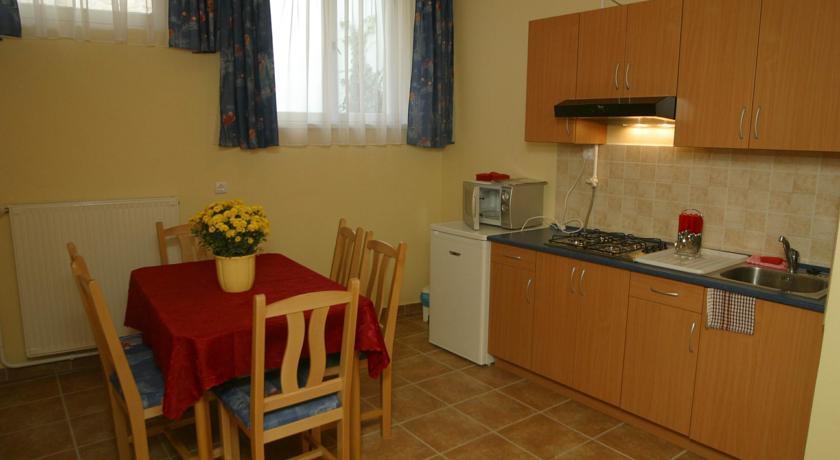 Apartment's Kitchen
