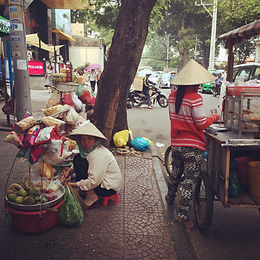 street vendors in Ho Chi Minh City's District 1