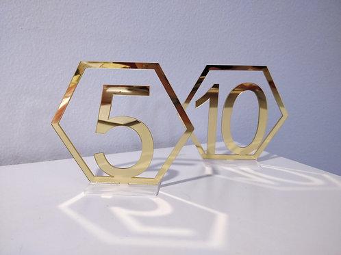 Geometriset pöytänumerot 1-20 eri väreissä