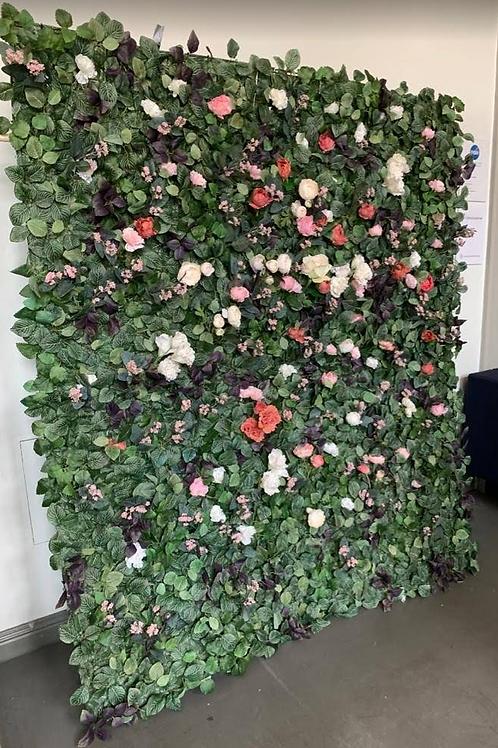 Kukkaseinä toiveväreillä (oikeat kukat))