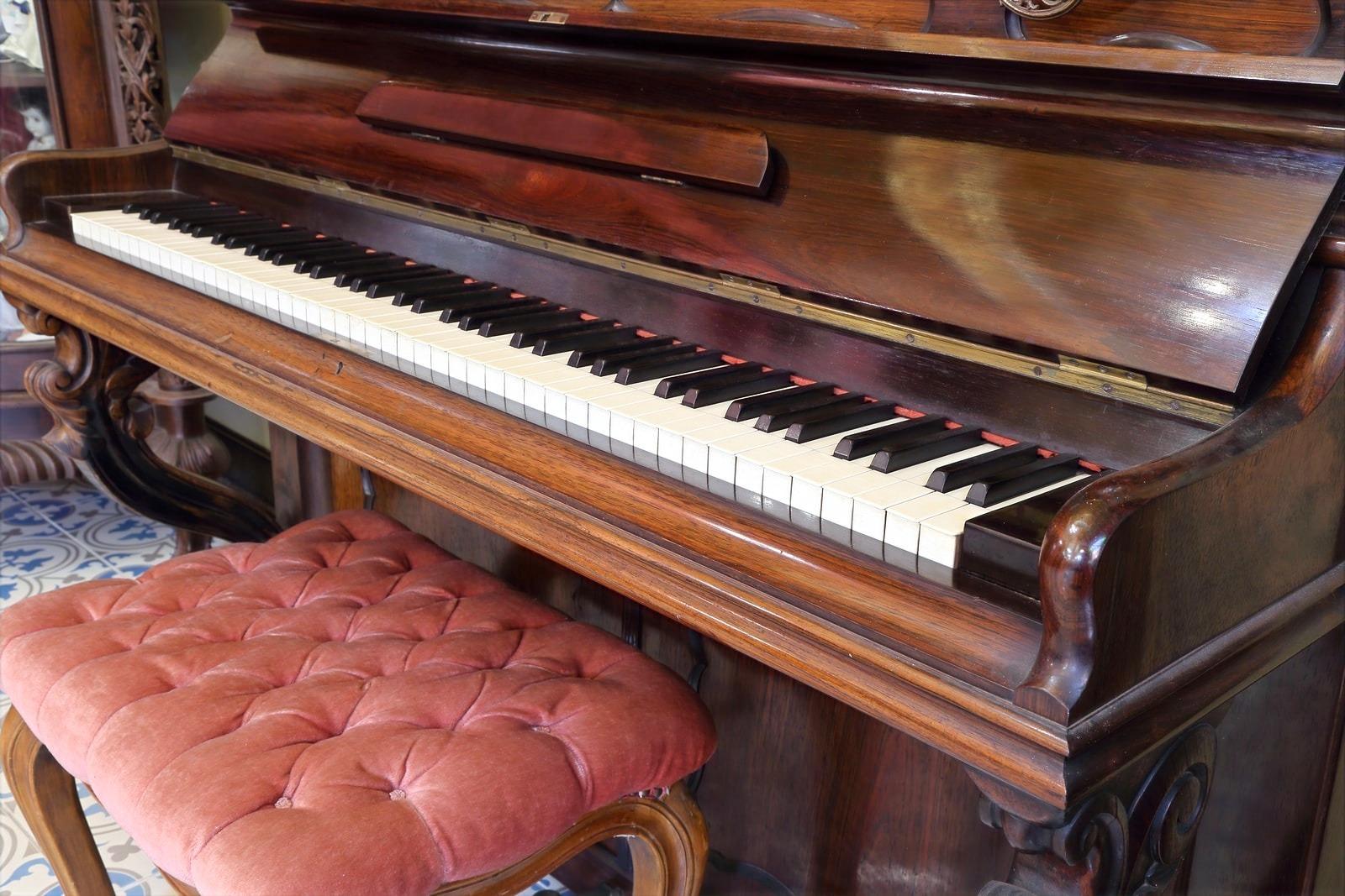 Piano-Care