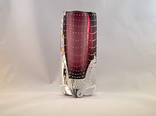 Whitefriars Controlled Bubble Lobed Vase in Aubergine