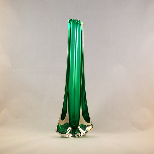 Whitefriars Tricorn Vase in Cased Green