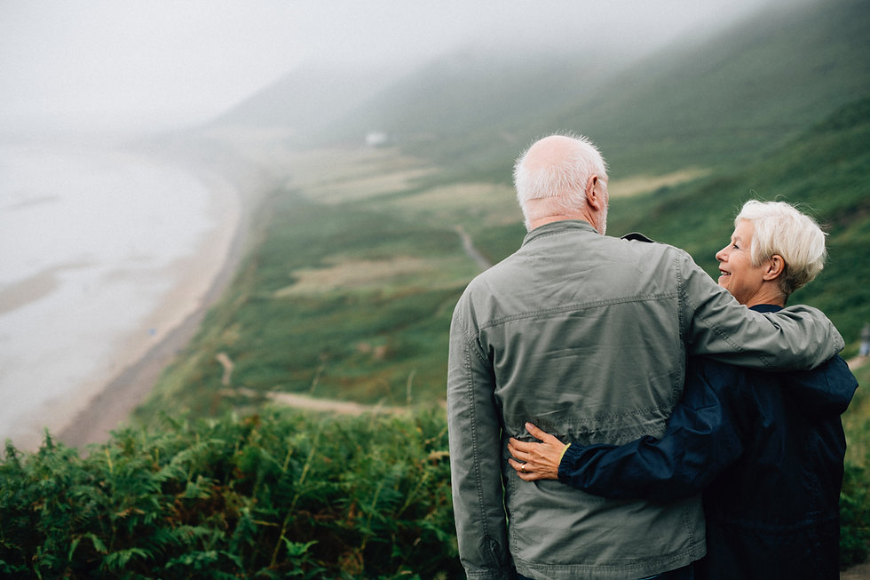 couple-daylight-elderly-1589865.jpg