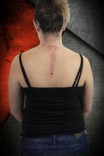 nuque tattoo.jpg