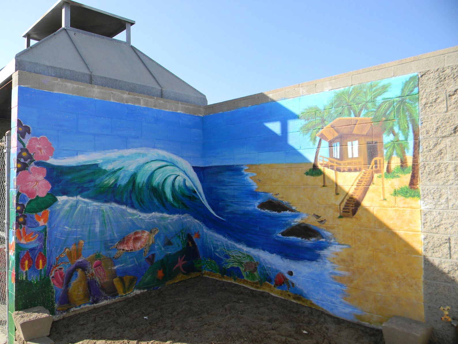 2013 I painted this mural with some fellow art students at my middle school in 8th grade.