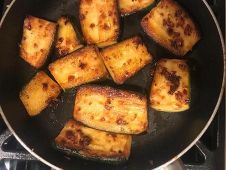 Fried Garlic Zucchini