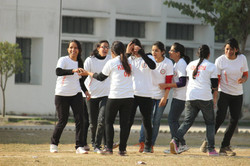 Annual sports 2016 (Girls Cricket Match) (4)