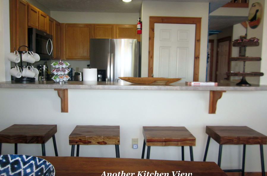 cb-373_kitchen-view-2jpg