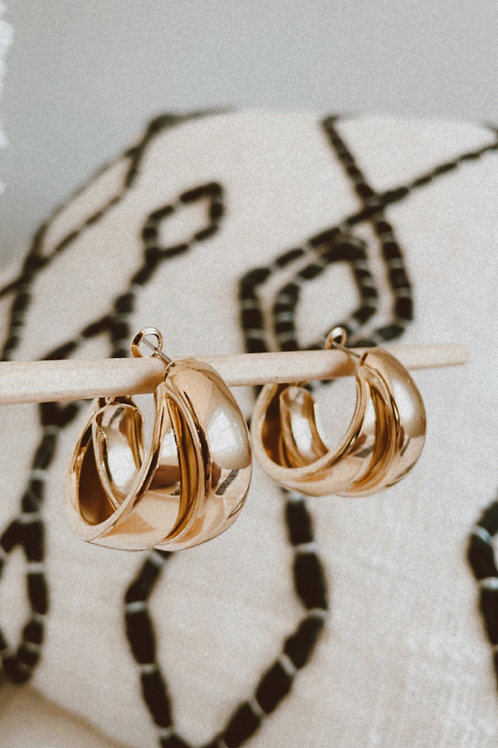 Double Chunky Gold Hoop