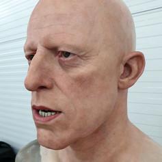 Dracula Dummy head Creation