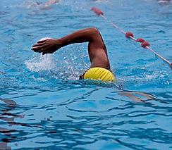 pool-622497_1920.jpg